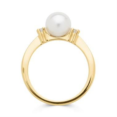18ct Yellow Gold Pearl and Diamond Classic Ring thumbnail