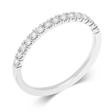 18ct White Gold Fine Claw Diamond Ring thumbnail