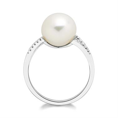 18ct White Gold Pearl and Diamond Dress Ring thumbnail