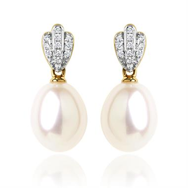 18ct Yellow Gold Freshwater Pearl and Diamond Drop Earrings  thumbnail