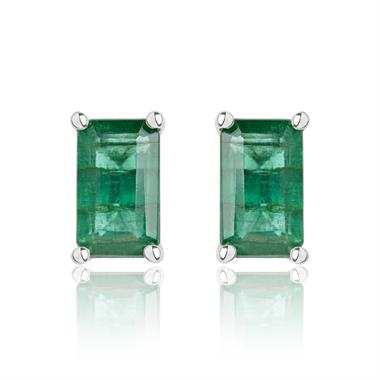 18ct White Gold Emerald Solitaire Stud Earrings thumbnail