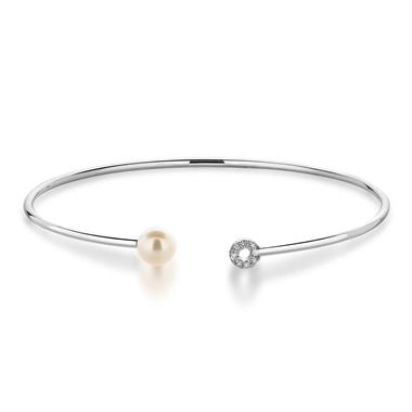 18ct White Gold Pearl and Diamond Bangle thumbnail