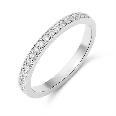 Platinum Brilliant Cut Diamond Grain Set Ring thumbnail