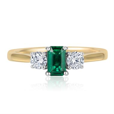 18ct Yellow Gold Emerald and Diamond Ring thumbnail