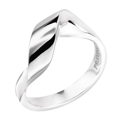 Flamenco 18ct White Gold Ring thumbnail