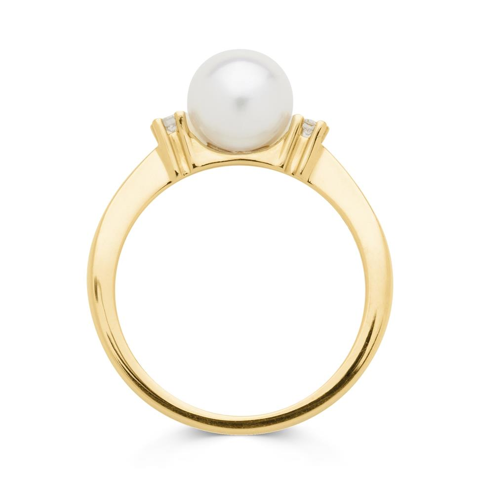 18ct Yellow Gold Pearl and Diamond Classic Ring Thumbnail Image 1