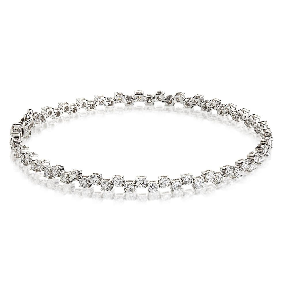 Zig Zag Jewellery: 18ct White Gold Zig-Zag 2.38ct Diamond Tennis Bracelet