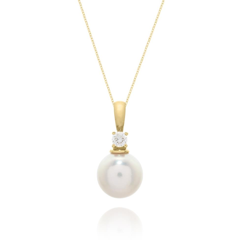 18ct Yellow Gold 8.5mm Cultured Pearl and Diamond Drop Pendant Thumbnail Image 0