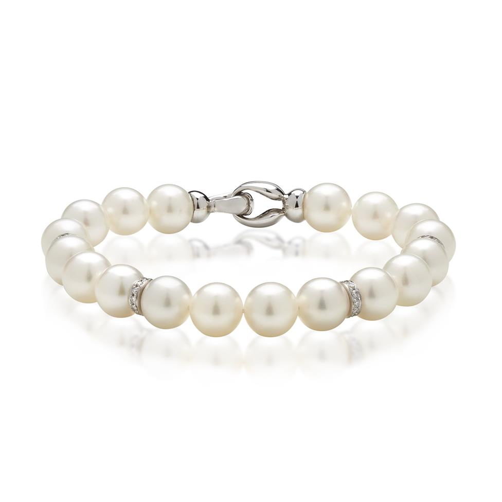 18ct White Gold Akoya Pearl and Diamond Bracelet Image 1