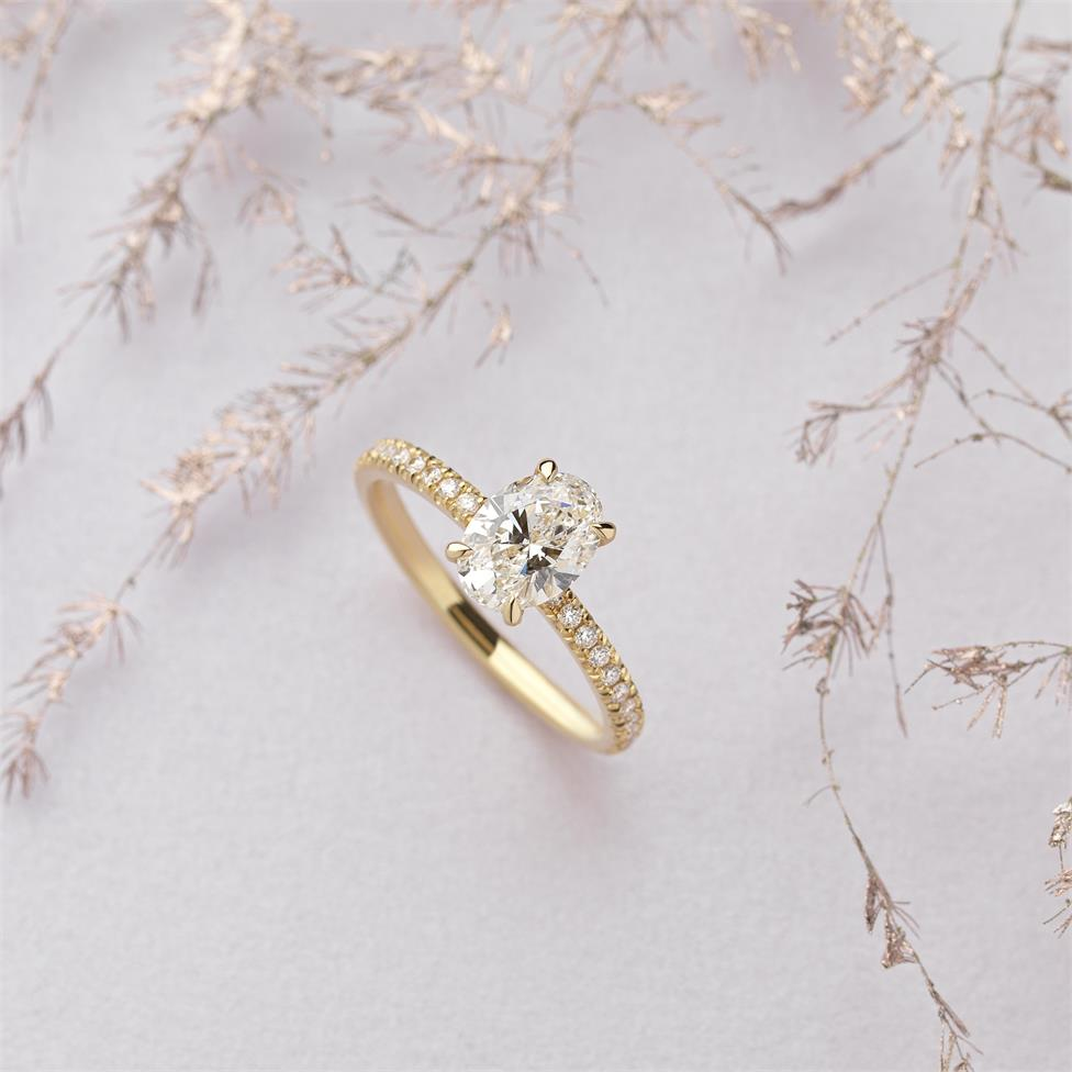18ct Yellow Gold Oval Diamond Solitaire Engagement Ring 1.19ct Thumbnail Image 3