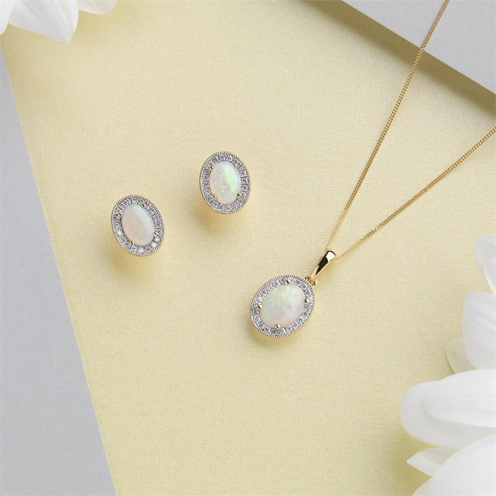 18ct Yellow Gold Opal and Diamond Halo Pendant Thumbnail Image 2