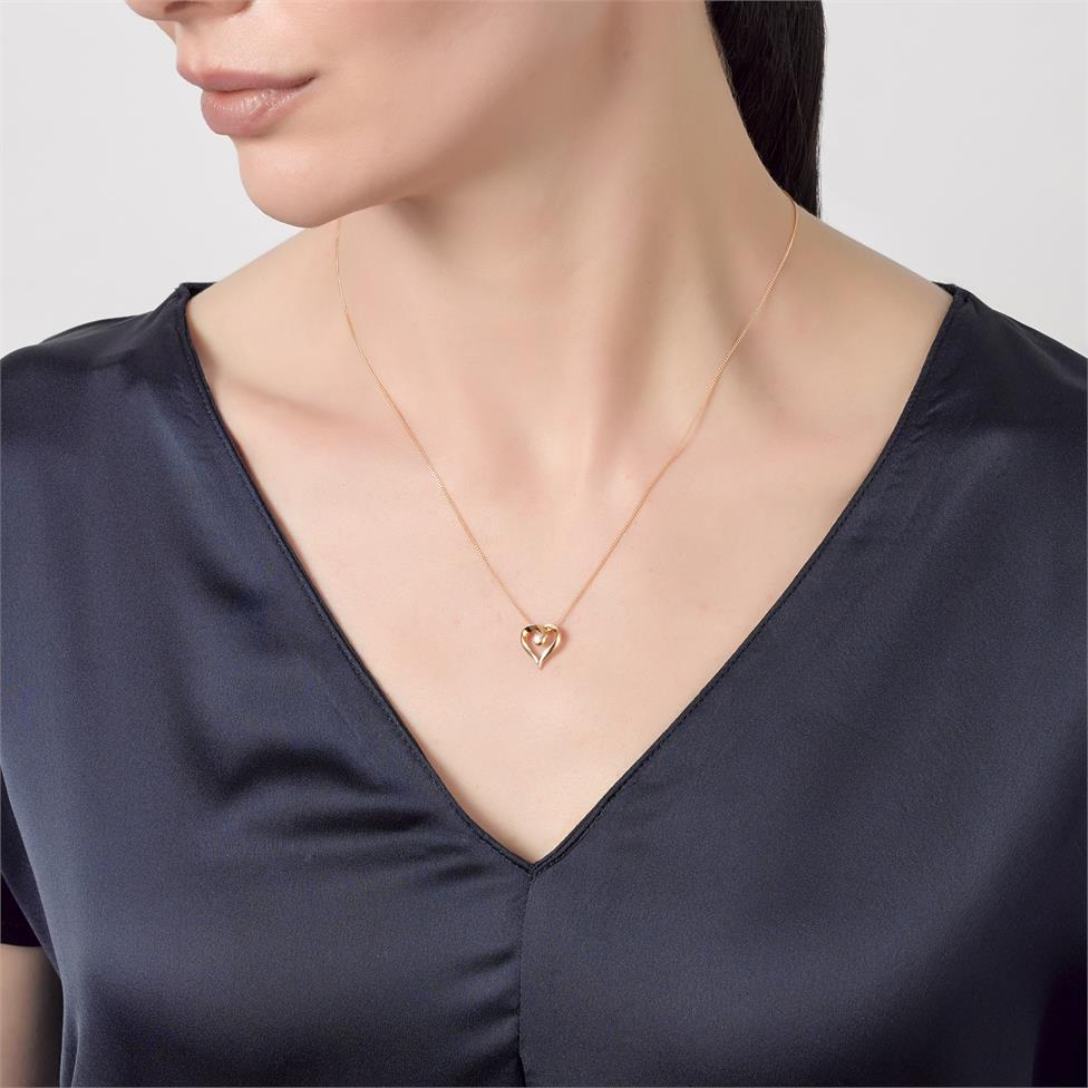 18ct Yellow Gold Heart Design Diamond Pendant 0.03ct Thumbnail Image 1