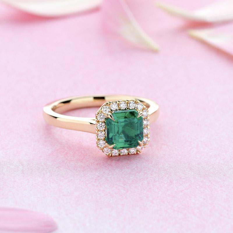Image emerald2.jpg
